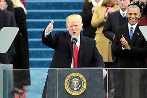 米ワシントンで20日にあった就任式で演説するトランプ新大統領=AFP時事