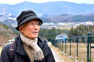 犠牲者を知る人を訪ねて歩いた太田顕さん=20日、相模原市緑区、天野彩撮影