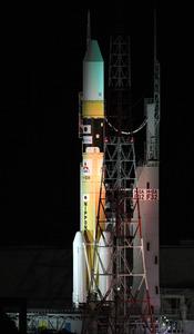 H2A32号機が発射点へ移動 きょう夕方打ち上げ予定