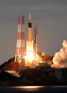 H2Aロケット打ち上げ成功 防衛省初の通信衛星を搭載