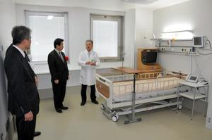 エボラ出血熱などの治療に対応できる施設=愛媛県東温市志津川