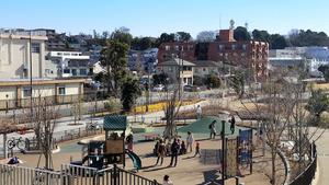 転入超過が続く世田谷区。二子玉川駅周辺は2015年に「二子玉川ライズ」が開業し、さらに人気の地域となった