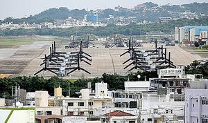オスプレイが駐機する米軍普天間飛行場=沖縄県宜野湾市
