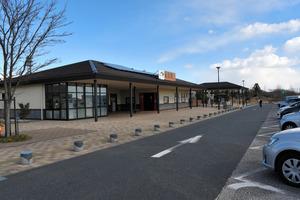 スマートICが計画されている北関東道の出流原パーキングエリア=佐野市