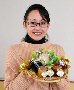 蜂蜜の輸入で自然保護に取り組む 米川安寿(よねかわあんじゅ)さん(31)