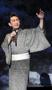 福田こうへい=明治座提供、江川誠志氏撮影