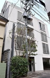 宮本容疑者の弁護士事務所が入る建物=東京都港区