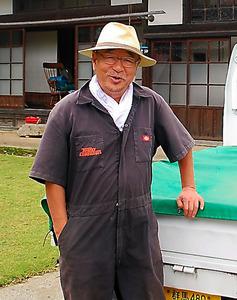 元ライブドア社長の平松庚三さん。週の半分を古民家で過ごす=群馬県みなかみ町