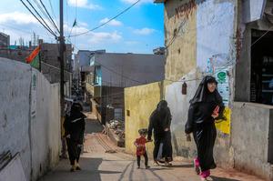 ヤズダニが育ったハイデラバード旧市街地のスラム街=Atul Loke/(C)2017 The New York Times