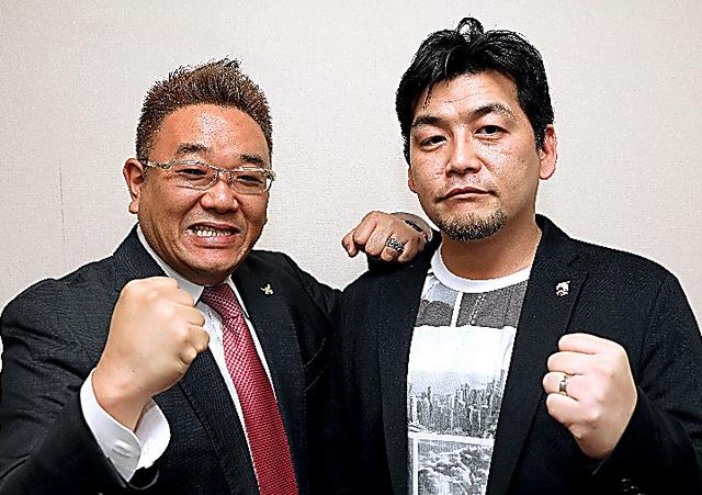 サンドウィッチマンの伊達みきおさん(左)と富澤たけしさん=いずれも林紗記撮影