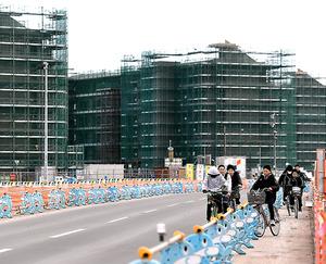 建設が進む災害公営住宅=10日、宮城県名取市閖上、遠藤真梨撮影
