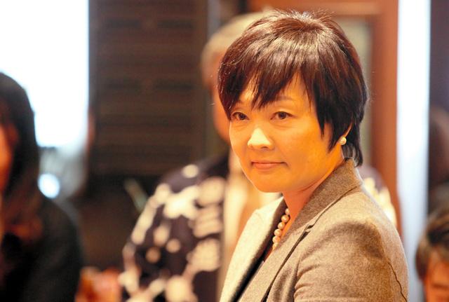 プレミアムフライデーのイベントに登場した安倍晋三首相の妻昭恵氏=2月24日、東京都中央区