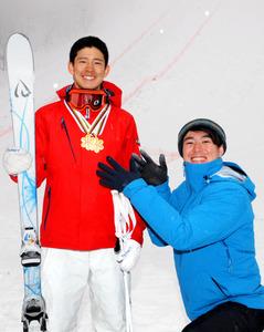 世界2冠、攻めの滑り 堀島行真