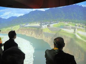 最新のVR技術で400年前の上田城を体感できるシアターコーナー