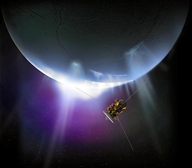 土星の衛星エンケラドスに接近する探査機カッシーニの想像図(米航空宇宙局〈NASA〉提供)