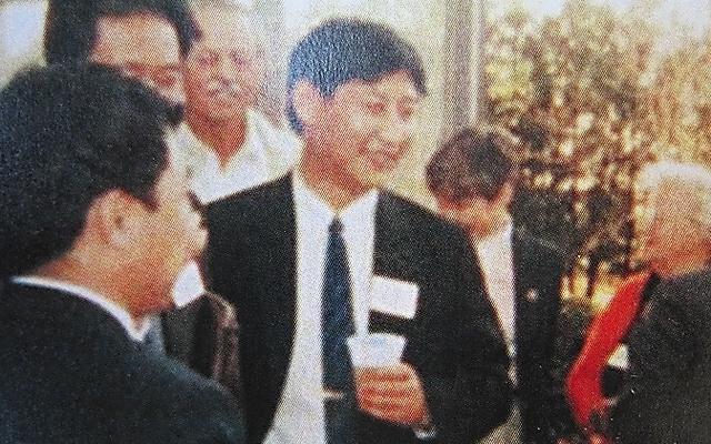 1985年、研修目的で米国を訪問した時に撮影された習近平氏の写真