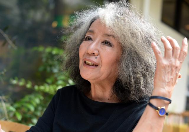 共謀罪法案について話す作家の落合恵子さん=東京・北青山、迫和義撮影