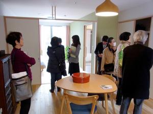 コミュニティーづくりを重視して着工時から入居希望者の意見を聴き、説明会に時間をかけるサ高住もある=2月、大阪市西淀川区