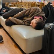 ユー、夜はどこに? 訪日客は増加でも宿泊者は伸び悩み