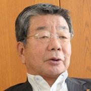 インタビューに応じる南海電鉄の山中諄会長=大阪市浪速区