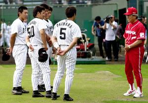写真・図版 偉大な父の言葉、薄らいだ呪縛 野村克則、指導者の道に - 高校野球:朝日新聞デジタル