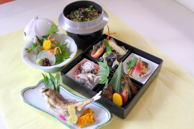 「ながら」で提供するアユ料理のイメージ=長良川鉄道提供
