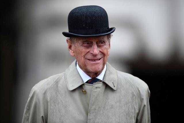 ロンドンのバッキンガム宮殿で2日、英海兵隊の行事に出席したフィリップ殿下=ロイター