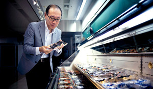 横山和典さん 開発した食品トレー、約5千パターン