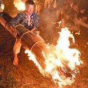 長篠・設楽原の戦い供養 愛知「信玄原の火おんどり」