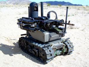 自律ロボット兵器として紹介された無人地上車両(公開書簡を発表したグループ提供)