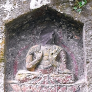 仏像の顔、壊される被害 熊本最古の磨崖仏群、県警捜査