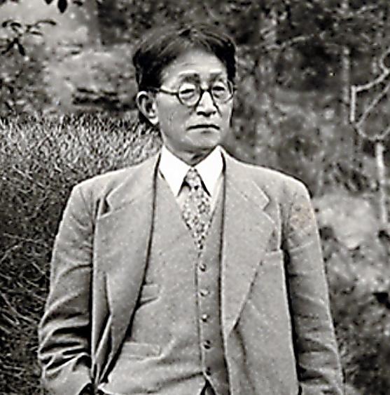 折口信夫=1950年11月、国学院大学折口博士記念古代研究所蔵