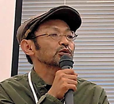 検索大手ヤフーであったイベントで映画への思いを語る越川道夫監督。島の空気を大事にするため、島民にも出演してもらったという