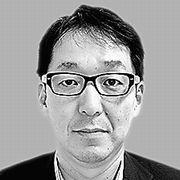 政治社説担当・小村田義之