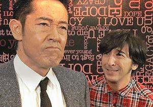 熱血教師のキャラクターで登場した山下真司(左)=「笑×演」から