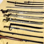 日本刀・サーベル不法所持容疑 「旧日本軍が好きで…」