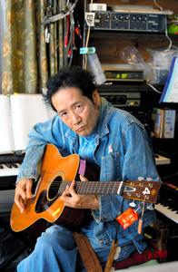 遠藤賢司さん=2017年
