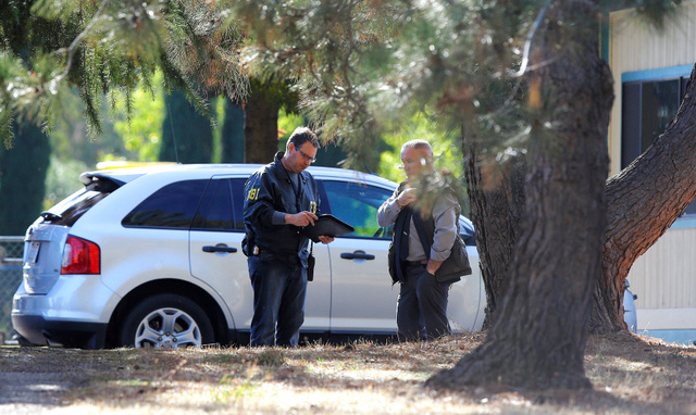 14日、銃乱射事件が起きた米カリフォルニア州の小学校=AP