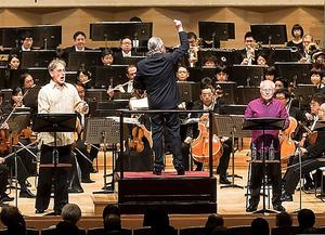 シルヴァン・カンブルランと読売日本交響楽団の「アッシジの聖フランチェスコ」=池上直哉氏撮影