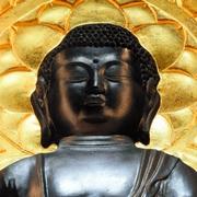 どこから見ても、見てくれる 「トリック仏像」お目見え