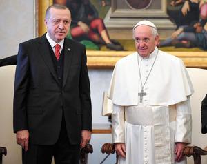 ローマ法王に関するトピックス:...