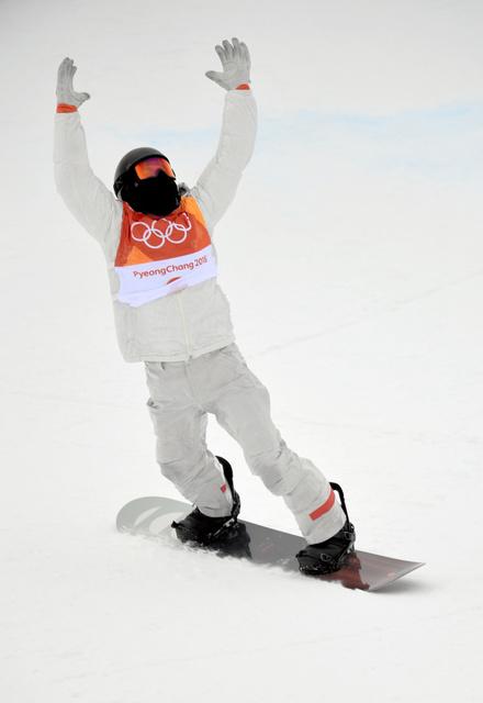 決勝3回目を滑り終えたショーン・ホワイト=白井伸洋撮影