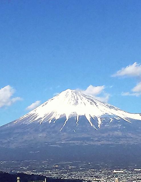 今回の撮影で何度も見た富士山です