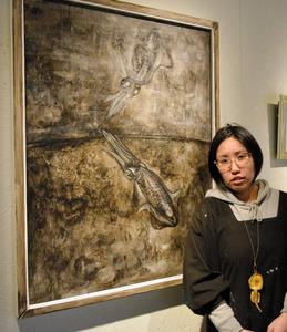 ほぼ毎晩イカの夢、イカだけ描き13年 女性画家が個展