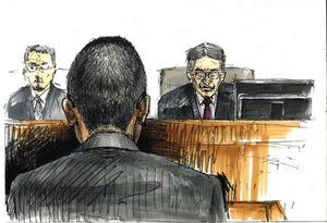 裁判長が読み上げる判決を聞く今井隼人被告(手前)=横浜地裁、絵と構成・柚木恵介