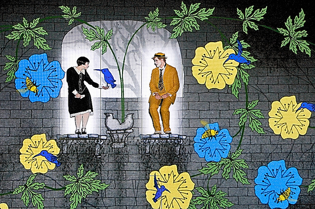 ベルリン・コーミッシェ・オーパー「魔笛」から。スクリーン上部の足場で歌手が演じ、周りにアニメーションが投影される(C)Iko Freese/drama−berlin.de