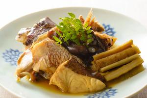 タイのあら炊き