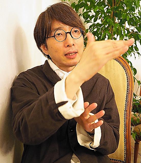 山本貴光さん