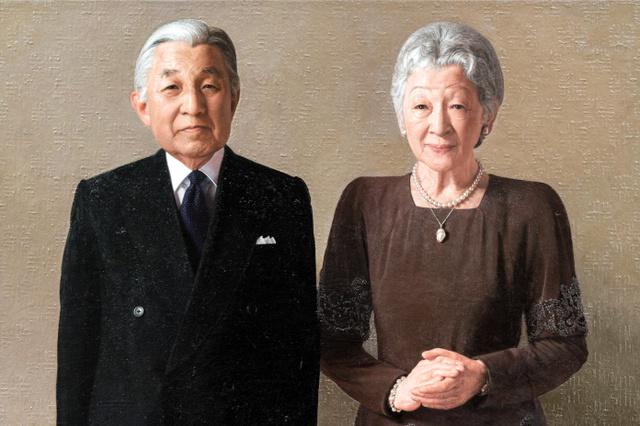 天皇、皇后両陛下の肖像画(宮内庁提供)