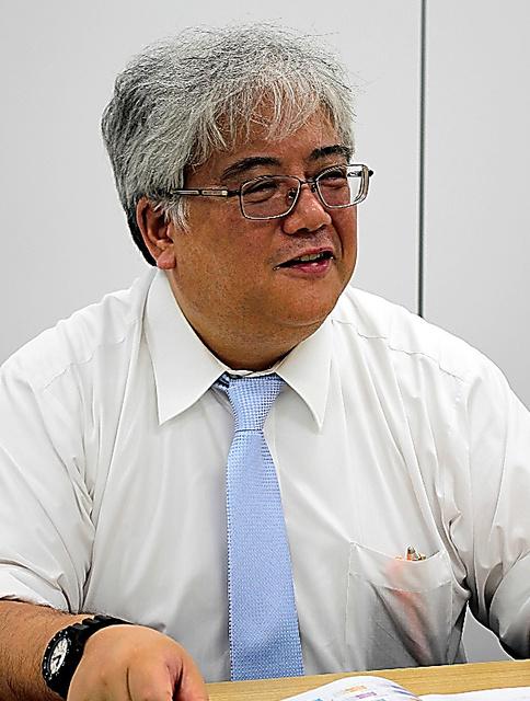 「高校や他の私大へのメッセージを込めた」と話す沖清豪・入試開発オフィス長